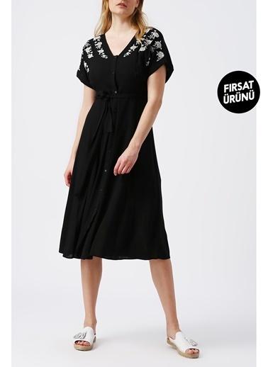 Random Kadın Beli Kuşaklı V Yakali Midi Elbise Siyah